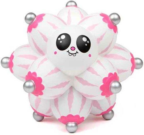 boob-ball-white-by-buff-monster